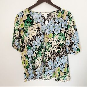 NWT H&M Blue/Green Floral button front Blouse